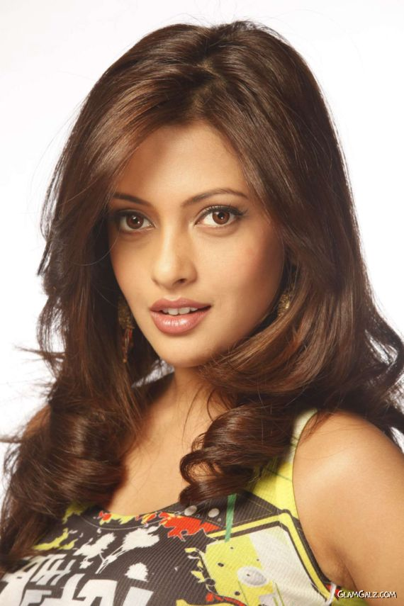 Beautiful Riya Sen Latest Shoot