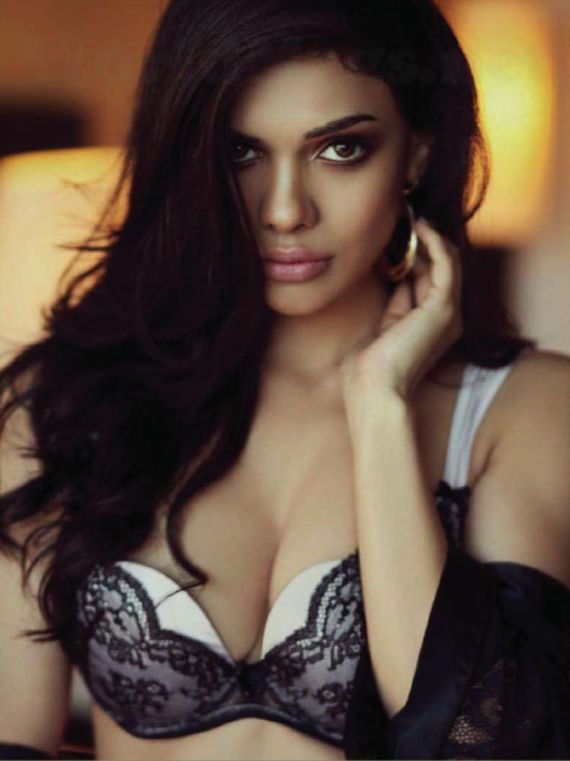 Sara Loren Shoots For Maxim India Magazine