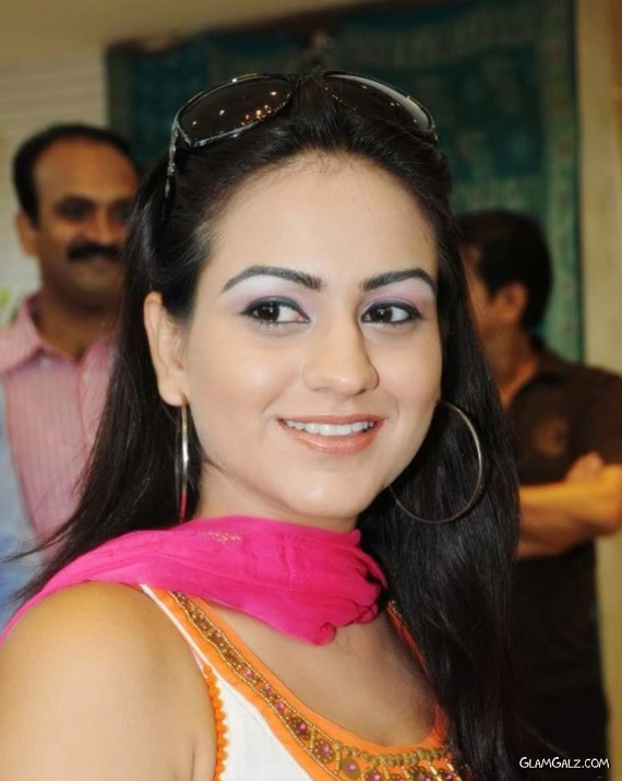 Beautiful Aksha Inaugurating Saree Shop