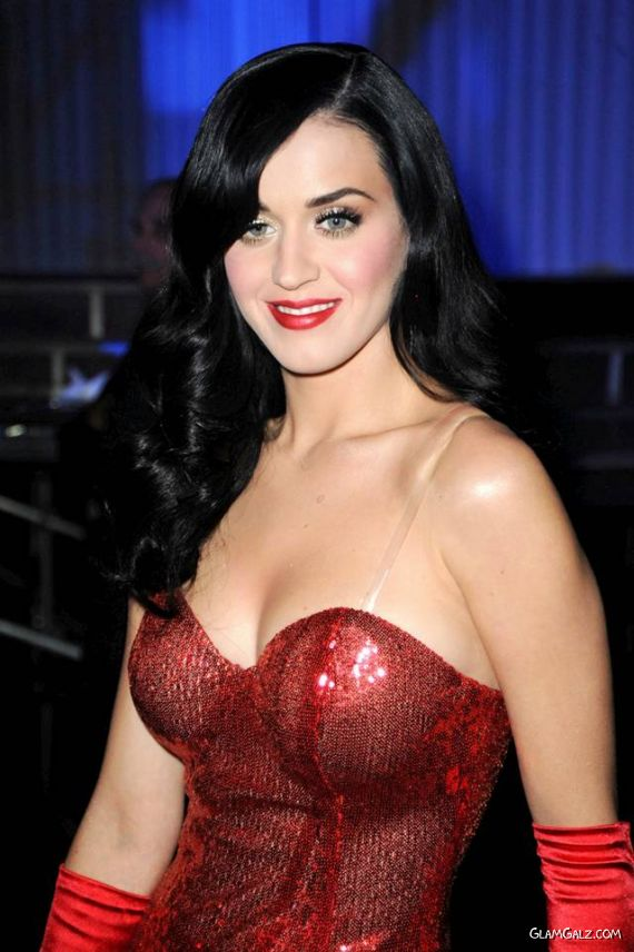 Katy Perry Rocks The Troops Concert
