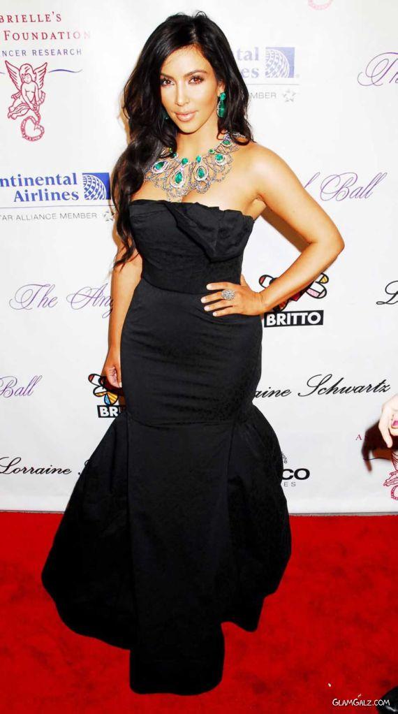 Beautiful Miss Kardashian At An Event