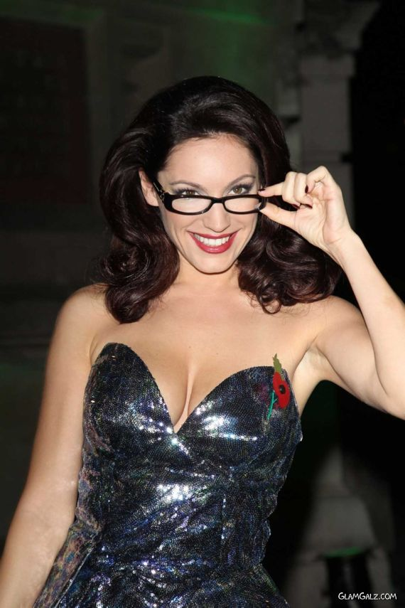 Gorgeous Kelly Brook With Glasses