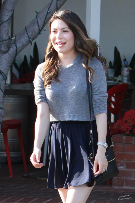Miranda Cosgrove Walking In West Hollywood