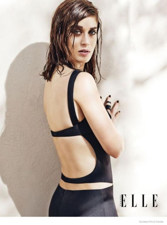 Lizzy Caplan Photoshoot For Elle Magazine Canada