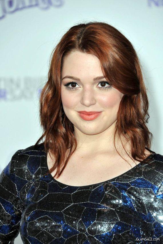Gorgeous Jennifer Stone at LA Premiere