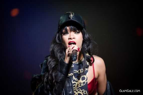 Rihanna Performs Live At Kollen Festival