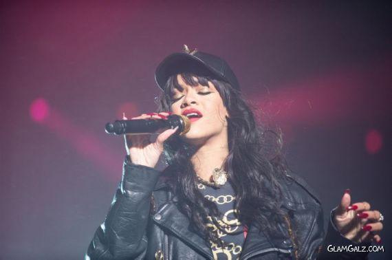 Rihanna Performs Live At Kollen Festival