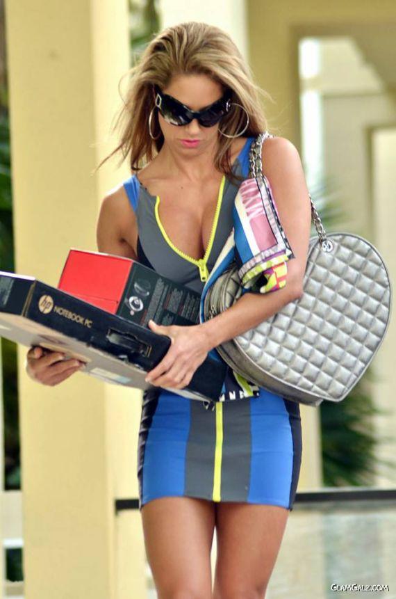 Jennifer Nicole Lee Goes Shopping