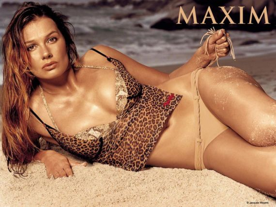 Hottest Models Covering Maxim