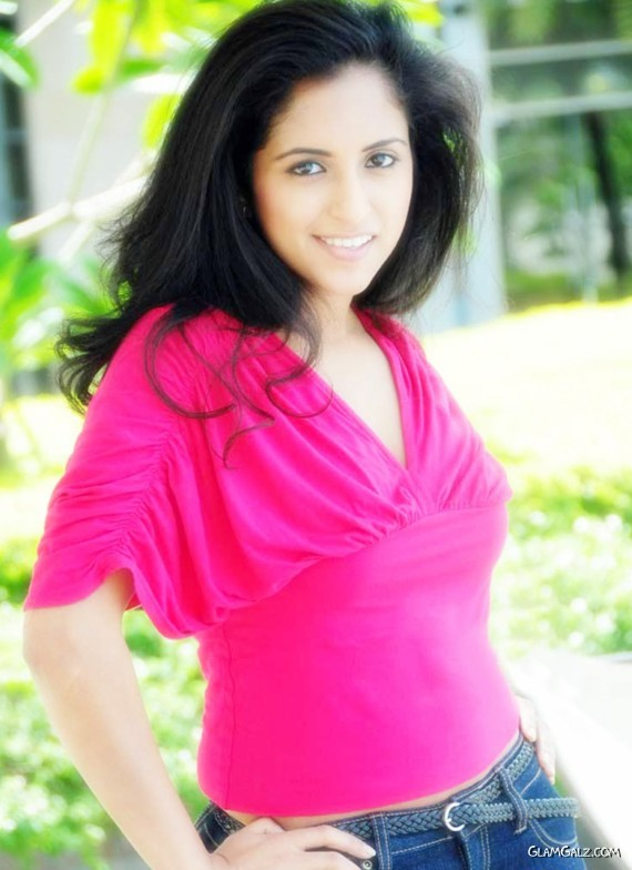 Pretty Tolly Beauty Aasheekaa