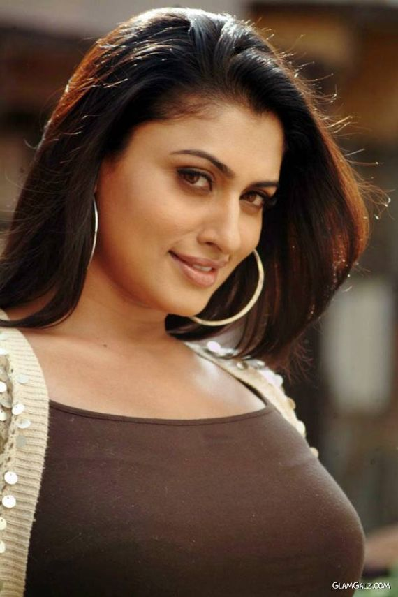 Beautiful Indian Actress Malavika