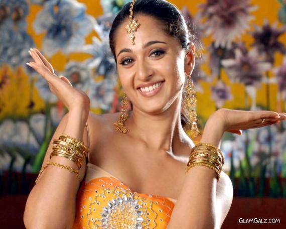 Click to Enlarge -Very Beautiful Anushka Wallpapers