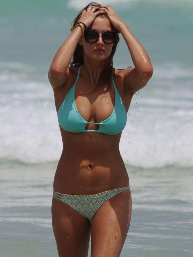 Alyssa Arce On A Vacation In Miami