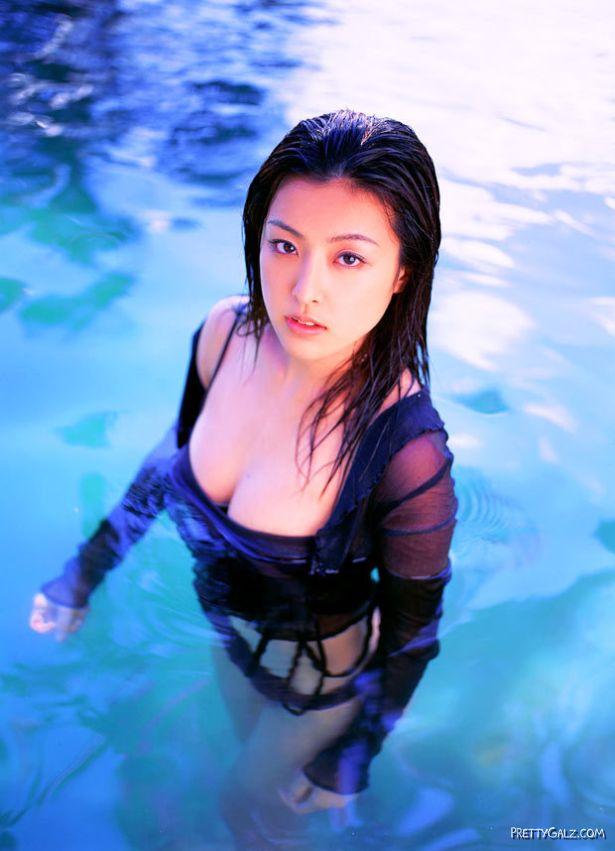 Japanese Beauty Ayumi Konoshita