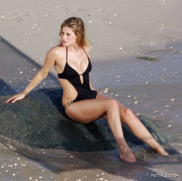 Doutzen Kroes Swimwear Photoshoot