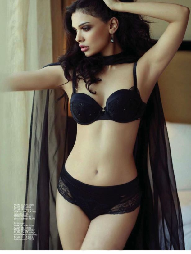 Sara Loren Shoots For Maxim India Magazine