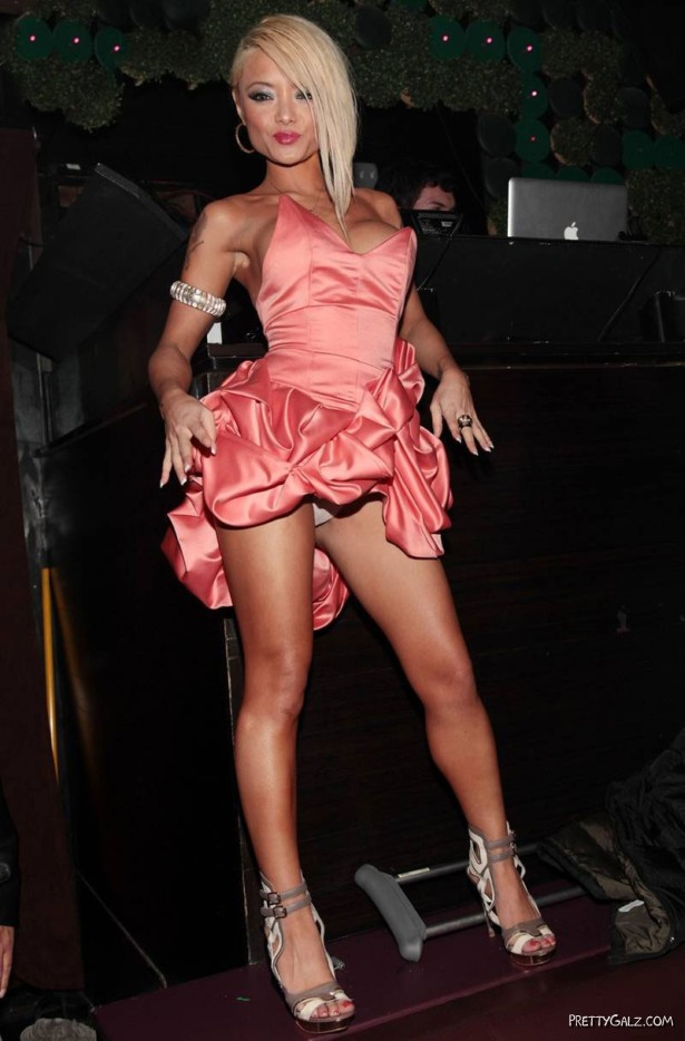 Tila Tequila at Blog Launch Party