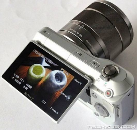 Sony NEX-5 and NEX-3 Digicams