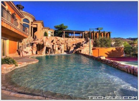 Wonderful Mansion In Nevada'